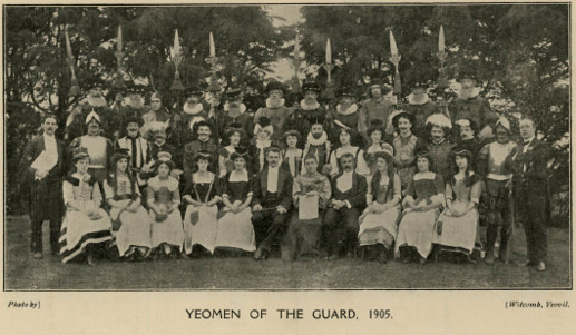 Page 33 (Cast of 'Yeomen of the Guard' 1905