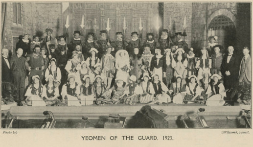 Page 35 (Cast of 'Yeomen of the Guard' 1923