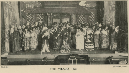 Page 37 (Cast of 'The Mikado' 1922)