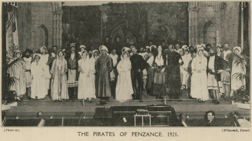 Page 41 (Cast of 'The Pirates of Penzance' 1921)